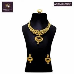 Beautiful Gold Plated  Wedding Short Necklace Set