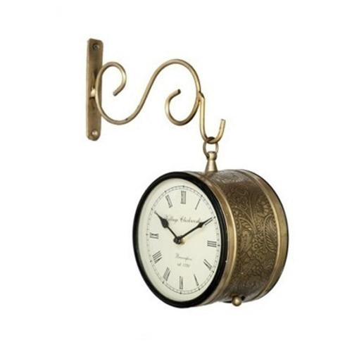 Copper Finish Hanging Clock, Packaging Type: Box