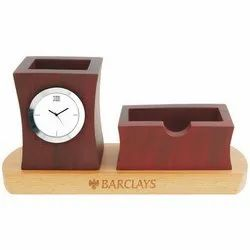 Analog Brown Table Top Clock, Packaging Type: Box, for Office, Home And Gifting