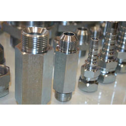 Hydraulic Nut Crimp Type Non Skive Fitting