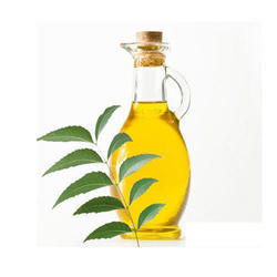 Organic Neem Oil, Packaging Size: 1 and 2 litre