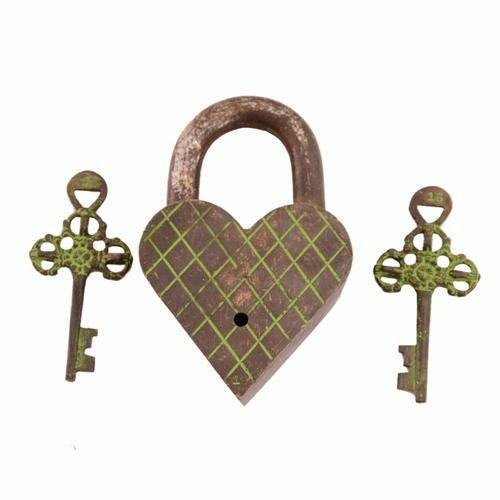 247c3b70216 Brass Heart Shaped Antique Locks