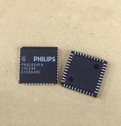 P89C669FA IC