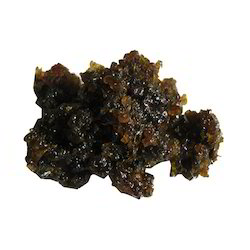 Guggul Raw Medicinal Herbs