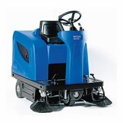 SW-1300 Battery Operated Ride On Sweeper