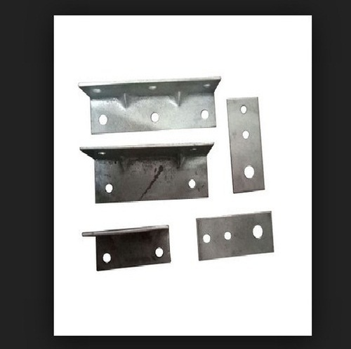 Silver Aluminium Angle Brackets, Control And Framing Systems | ID ...