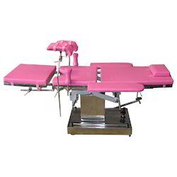 Delivery Hydraulic Deluxe Table