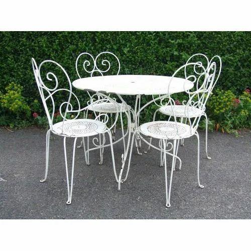 White Vintage Wrought Iron Table And, White Rod Iron Patio Furniture