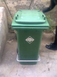 Two Wheeled Pedal Dustbin