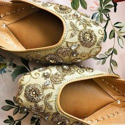 Golden Flower Handcrafted Jutti