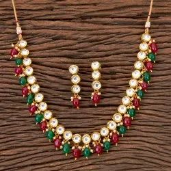 Gold Plated Kundan Delicate Necklace 300328
