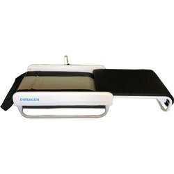 Horizontal And Vertical Body Lifting Massage Bed