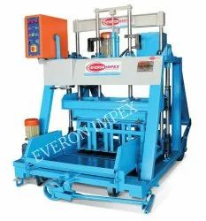 Semi Automatic Hydraulic Block Making Machine