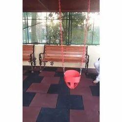 S 04 Outdoor Swing