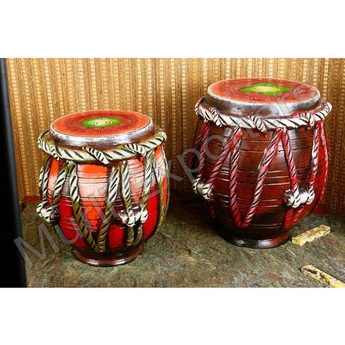 Clay Home Decorative Items Clay Pot With Leaves Carved Manufacturer From Delhi