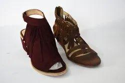 Women's Shoes PU(Polyurethane) Low Heel Gold / Black / Beige Spring Comfort Sandals