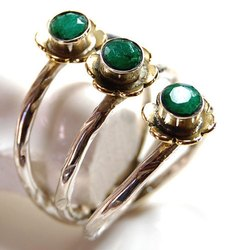 92.5 Sterling Silver Emerald High Furnished Rings