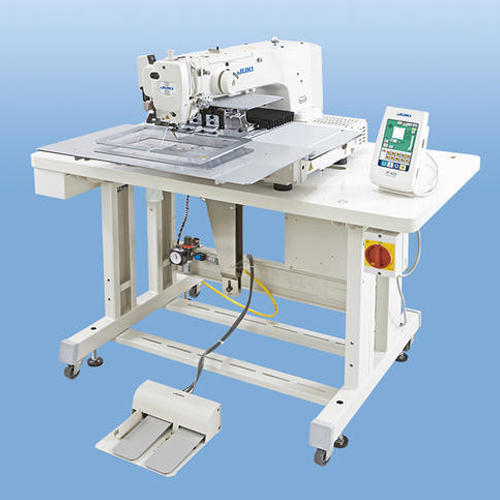 Programmable Pattern Sewing Machine For Textile Industry