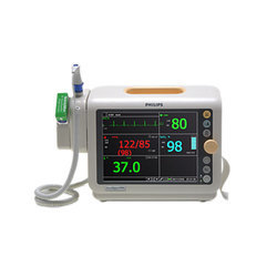 Philips Suresigns VM4 Bedside Patient Monitor