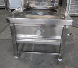 10-15 Kg Single Burner Cooking Range, For Restaurant, 1 Regulator