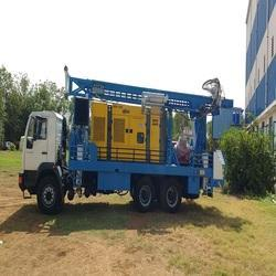 Automatic Compressor Borewell Drilling Rig, Capacity: 1000 feet
