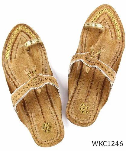 26eab4e6909949 Ekolhapuri Handmade Authentic Genuine Leather Overwhelming Golden Rivets  Kolhapuri Chappal For Women