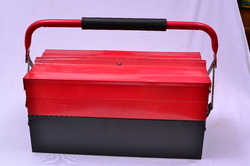 Canti Lever Type Tool Box