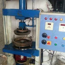 Single Die Hydraulic Semi Automatic Wrinkle Plate Machine