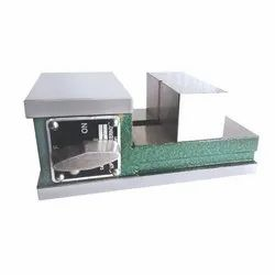 SS Ultra Magnetic Vice, Model Name/Number: UL-20401, Size: 110 X 180 X 75 Mm