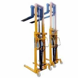 Double Mast Stacker