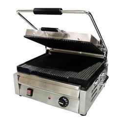 Alisha Ss Electric Sandwich Griller, For Commercial, Power: 1800 Watt