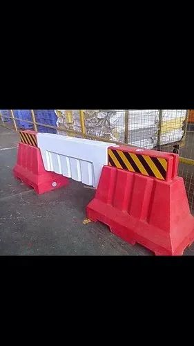 Water Fillable Road Barrier