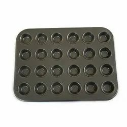 Black Metal 24 In 1 Mini Muffin Tray for Baking