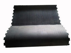 Checked Top Grooved Bottom Interlocking Cow Mat