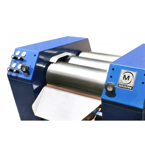 Triple Roll Mill, ट्रिपल रोल मिल - Microparticle Engineers ...