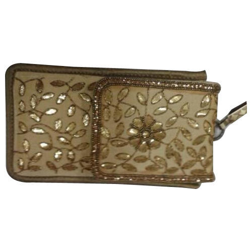 14a82e99e7 Ladies Mobile Pouch at Rs 350 /piece | Mobile Pouch | ID: 15152707648
