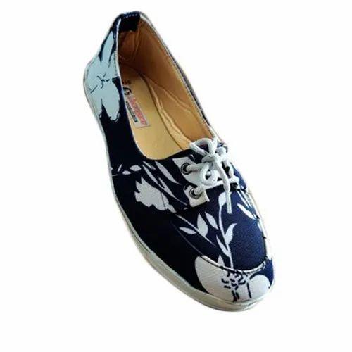 Ladies Casual Canvas Shoes, Size: 4-9