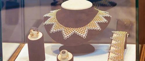 Fashion Jewellery Designing Course In Navrangpura Ahmedabad Iitc World Id 15834567973