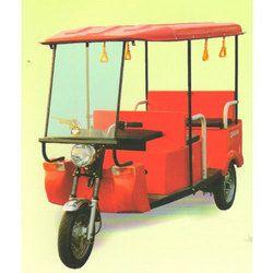 Queen Battery Operated E-Rickshaw