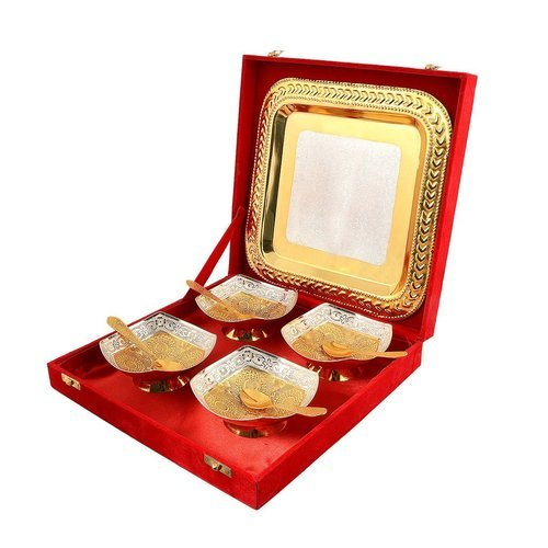 Gold And Silver Brass Wedding Gift Set, Packaging Type: Red Velvet Box