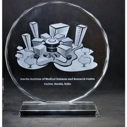 Transparent Promotional Engraved Crystal Memento for Gifting Purpose