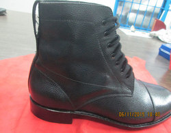 Leather Waterproof Safety Boots for Workplace
