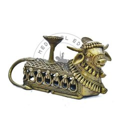 8.5X4 Inch Brass Nandi Candle Stand Showpieces, For Decoration
