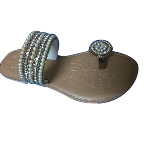 e321c00bde3541 Ladies Synthetic Leather Designer Flat Sandal