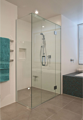 Plain Toughened Glass Shower Partition Rs 25000 Unit