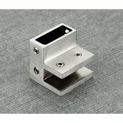 BKH-6 F Clamp Track To Track Glass Connector