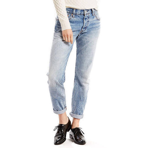 Dogodek Perspektiva Inkub Loose Jeans Yelmbusiness Org Slim woman in underwear and blue jeans throwing up clothing isolated on white. www yelmbusiness org