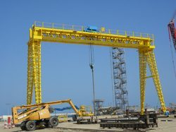 Industrial Heavy Duty Gantry Cranes