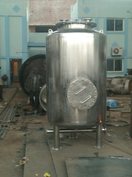 High Temperature Resistant Low Pressure Chemical Vessel, Capacity: 250-500 & 1000-5000 L