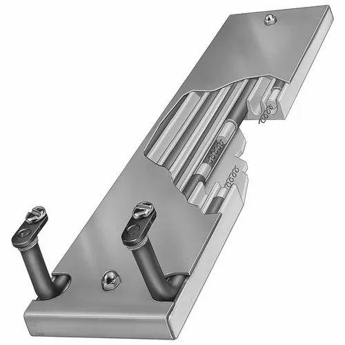 mude-bolt-on-strip-heater-anal-sex-holding